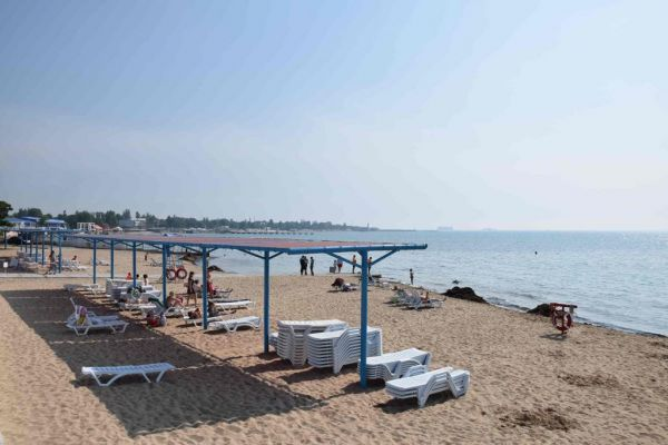 Пляж санаторий Меркурий в Евпатории