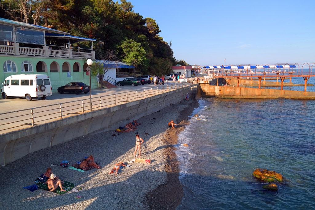 Пляж санатория Ратник в Мисхоре (Кореиз)